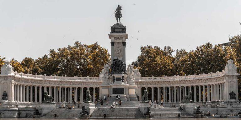 Fuento de Neptuno Madrid