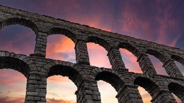 aqueduct of segovia Top 10 toeristische attracties in Spanje